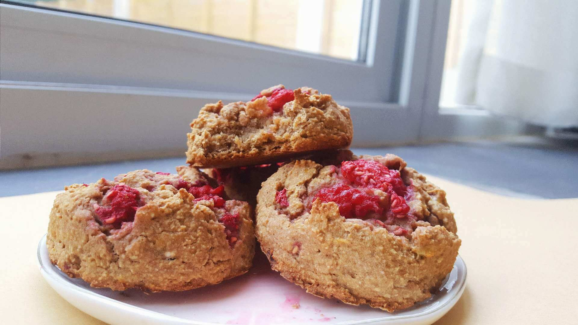 small batch of healthy fat free banana scones, raspberries, vegan healthy, no butter, easy recipe, muffin top